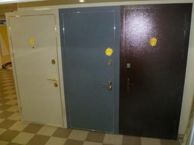 металлические двери дзержинский район